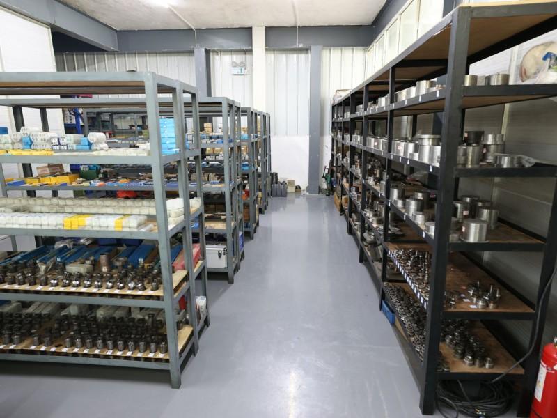 Tool warehouse